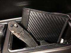 Carbon Fiber Gear Londono SS Sports Carbon Fiber Wallet Review