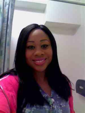 Angela Robinson verified customer review of Sensationnel Empress Custom Lace Front Wig STRAIGHT