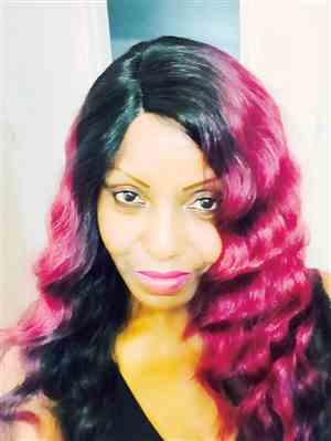 Gail verified customer review of Outre Lace Front Wig Batik Bundle Hair Lace L-Parting TAHITIAN