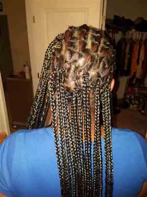 Desiree Ashby verified customer review of Bobbi Boss African Roots Bomba BOX BRAID 14-36 Inch