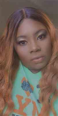Tamecia Benson verified customer review of Sensationnel Synthetic Empress Shear Muse Lace Front Edge Wig - LAISHA