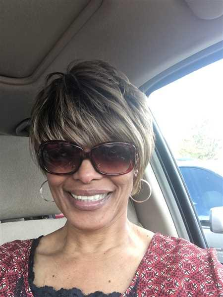 Patrice Williams  verified customer review of Vanessa Wig HOBY