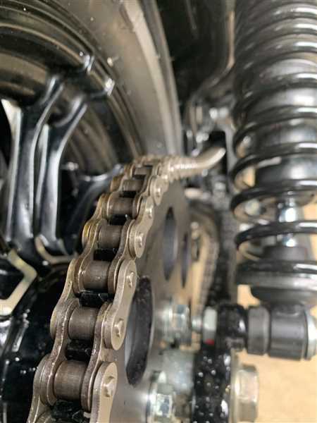 Lowbrow Customs 530 Motorcycle Drive Chain - 130 Links with 2 Master Links Review