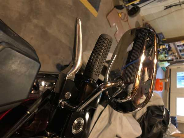 Lowbrow Customs Blade Levers - Polished - 1996 - 2003 Harley Davidson Sportsters and 1996 and Later Dyna / Softail / Touring Models Review