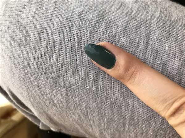 Vanessa verified customer review of Alma Nail Polish - Grunge Collection