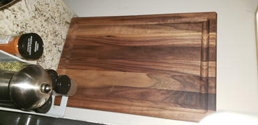 Artisan Born Reversible Black Walnut Wood Cutting Board Review