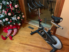 Sunny Health and Fitness Magnetic Rear Belt Drive Indoor Cycling Bike, High Weight Capacity w/ Cadence Sensor and Pulse Rate Review