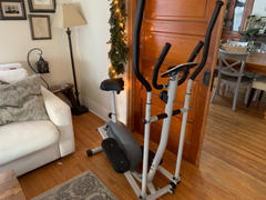 Sunny Health and Fitness 2 in 1 Magnetic Elliptical Upright Bike Review