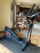 Sunny Health and Fitness Pre-Programmed Elliptical Trainer Review
