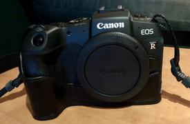 MegaGear Store MegaGear Canon EOS RP Ever Ready Top Grain Leather Camera Case Review