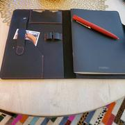 MegaGear Store Londo Personalized Top Grain Leather Portfolio with Notepad (Snap Closure & Lock) Review
