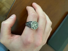 Badali-sieraadbestelling van die Dragon Signet Ring Review