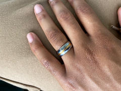Hitched Tungsten Gold Center 8mm Review
