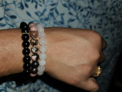 The Crystal Elephant Stress Relief Crystal Bracelet Set-Onyx, Rhodonite, Rose Quartz Review