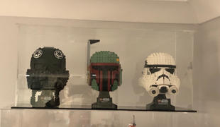 Myhobbies LEGO® 3x Star Wars/ Super Heros Helmet Display Case (Compatible with 75274, 75276, 75277, 75165) Review