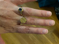 local eclectic Gold Vintage Crest Ring Review