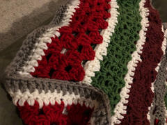 Deramores Christmas Chunky Blanket Crochet Kit and Pattern Review