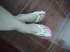 Kenneth Cole CARIBBEAN SCREW FLIP FLOP PARA MUJER Review