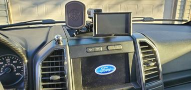 BuiltRight Industries Dash Mount | Ford F-150 & Raptor (2015-2020) F-250/F-350 (2017+) Review