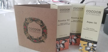 Cocoon Apothecary Canada Rosehip Oil Facial Oil Serum Review