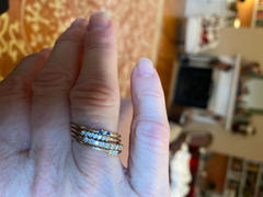 Ferkos Fine Jewelry 14k Gold 7 Stone Petite Diamond Wedding Band Review