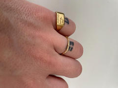Rellery Square Signet Ring Review