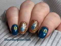 Maniology Winter Layers: Holiday Best (m081) - Nail Stamping Plate Review