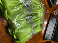 tableclothsfactory.com 5 Pack 20x 20 Apple Green Satin Linen Napkins Review