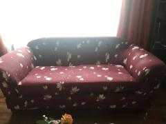 DecorZee Burgundy Cherry Blossom Pattern Sofa Couch Cover Review