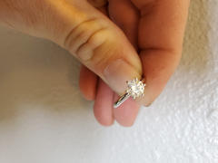 Kobelli Classic 1ct Solitaire Round Brilliant Moissanite Engagement Ring 14k Gold Review