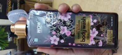 Buywow WOW Skin Science Japanese Cherry Blossom Foaming Body Wash - No Parabens, Sulphate, Silicones & Color - 250 ml Review