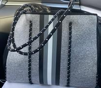 modern+chic nadia tote bag + clutch Review