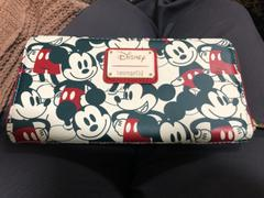 Open and Clothing Loungefly x Disney Mickey & Minnie Mouse Women's Zip Around Wallet Review