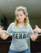 Envy Stylz Boutique Unapologetically Texas Graphic Tee Review