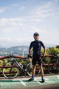 The Pedla  RideCAMO / LunaLUXE Jersey - Navy Review