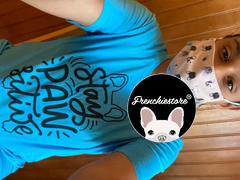 Frenchiestore Stay Pawsitive Frenchie تي شيرت | مراجعة تي شيرت Frenchiestore للجنسين
