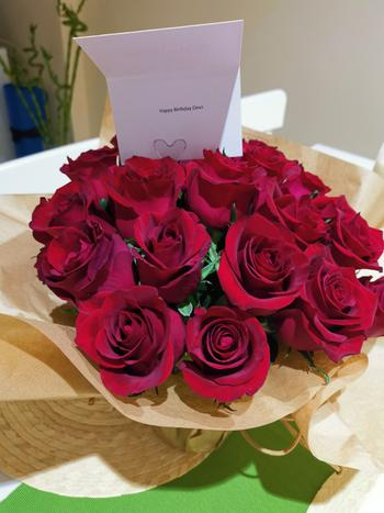 Upscale and Posh Luxury Red Roses Review
