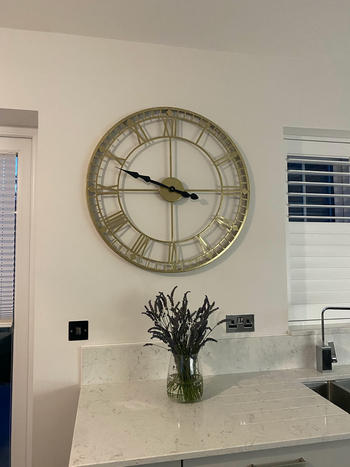 Willow Bay Home & Garden Pacific Lifestyle | Antique Gold Metal Round Wall Clock Review
