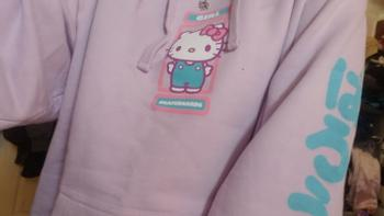 Garage Skate Shop Girl Sanrio Kitty Pullover Hoodie Review