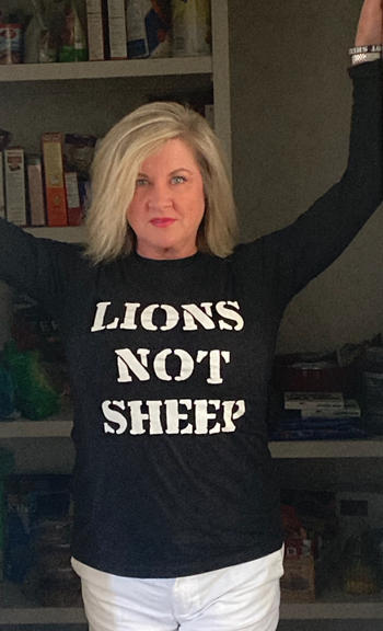 Lions Not Sheep LIONS NOT SHEEP OG Unisex Long Sleeve Shirt Review