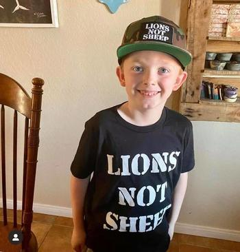 Lions Not Sheep LIONS NOT SHEEP OG Youth Tee Review