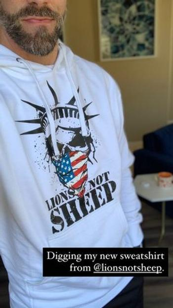 Lions Not Sheep LIBERTY MASK Pullover Unisex Hoodie Review