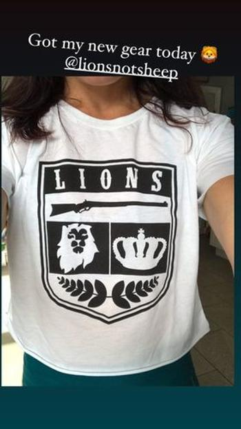 Lions Not Sheep LIONS NOT SHEEP CREST Womens Crop Top Review