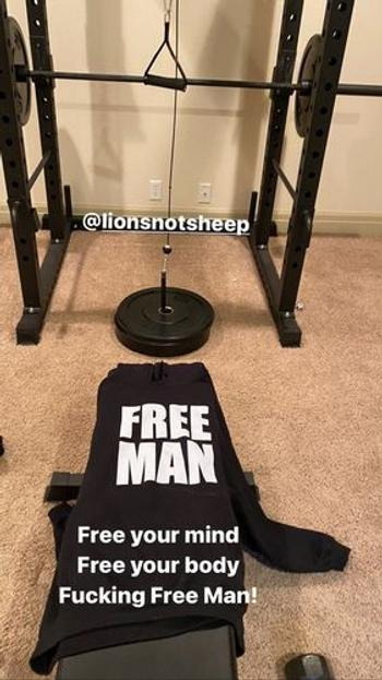 Lions Not Sheep FREE MAN Pullover Unisex Hoodie Review