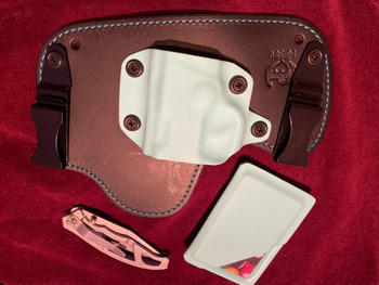 Flashbang Holsters Amethyst Geode Slimline Wallet Review