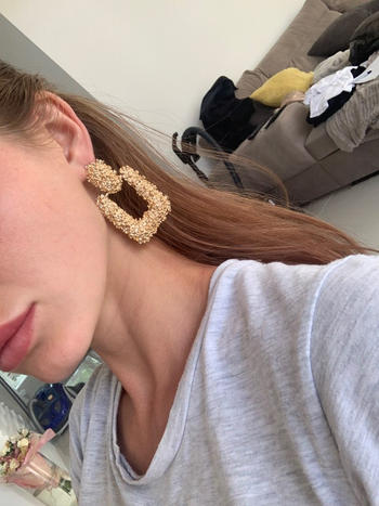 TrendyVibes.CO Modern Fashion Dangling Earrings Review