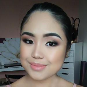 A Sonia Roselli Beauty Customer