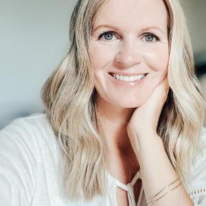 A Kari Gran Skin Care Customer
