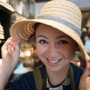 A Paromi Tea Customer