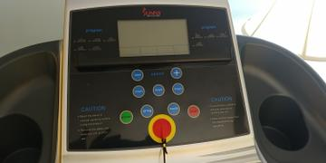 Sunny Health and Fitness Treadmill w/ Manual Incline and LCD Display Review